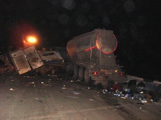 Шофёр грузовой «Газели» скончался после лобового столкновения савтоцистерной