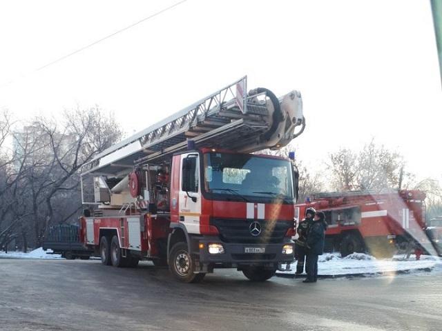Утренний пожар прервал занятия водной изшкол Челябинска