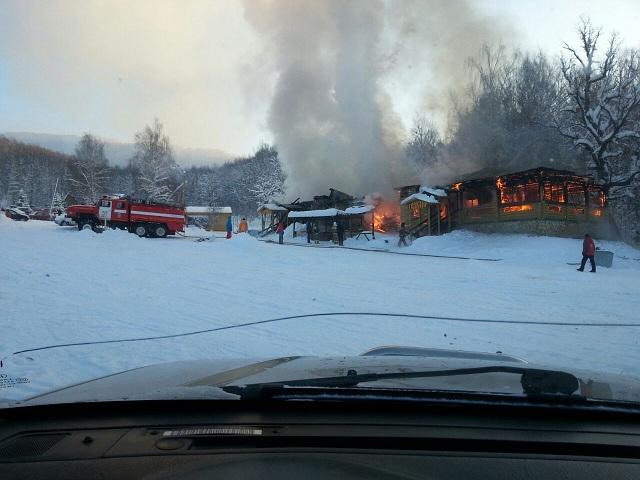 Наюжноуральском горнолыжном курорте сгорело кафе