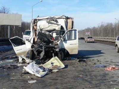 Трагедия под Ашой: житель Казахстана погиб в ДТП на трассе М5 при попытке совершить обгон