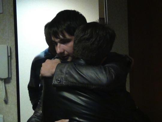Потерявший память юноша встретился со своим отцом