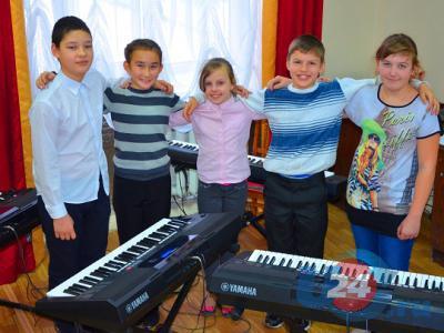 Не покидая Южноуральска, юные музыканты завоевали награды международного конкурса