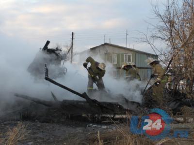Жителя Бобровки, спалившего двухэтажку из ревности, ждут в суде