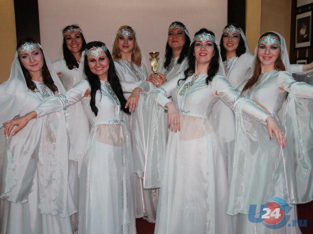 Два танца - два кубка: восточные красавицы из Троицка покорили жюри своей грацией