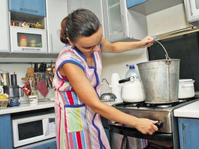 Жители привокзальной части Курска три недели проведут без горячей воды