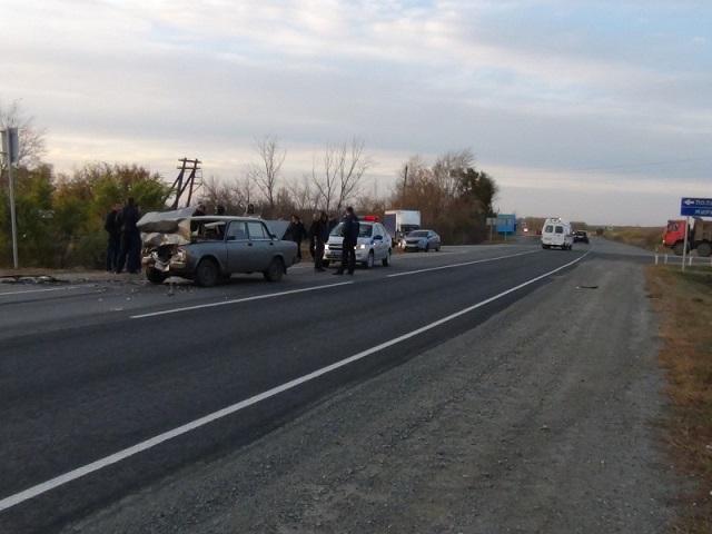 Троичане пострадали в «лобовом» ДТП в Увельском районе
