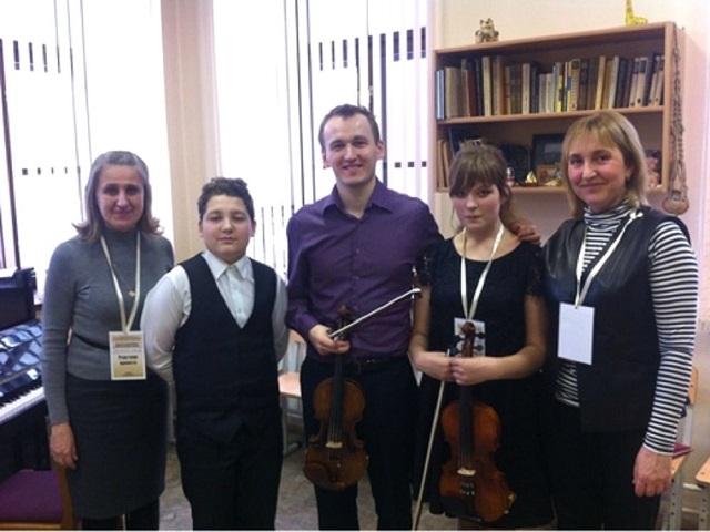 Юные скрипачи из Миасса приняли участие во всероссийской «Творческой школе»