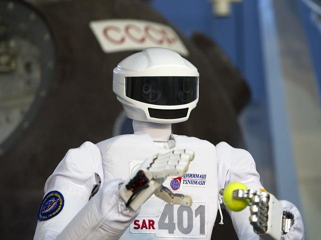 До 2025 года в России разработают космических роботов