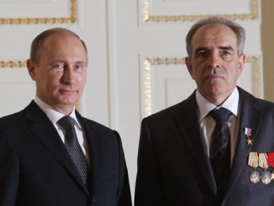 Героям Труда РФ будут ежемесячно доплачивать свыше 26 тысяч рублей
