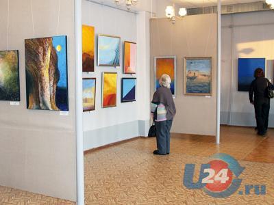 В Аше открылась выставка художника-авангардиста Сергея Юдичева