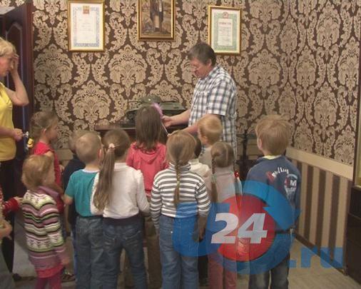 Малыши из 26-ого детского сада побывали на Златоустовской Оружейной фабрике