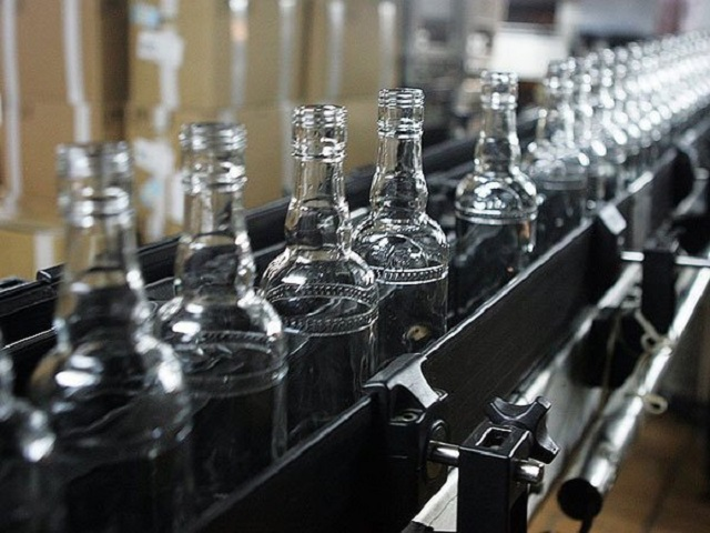 Депутаты считают, что госмонополия на алкоголь спасет страну от пьянства