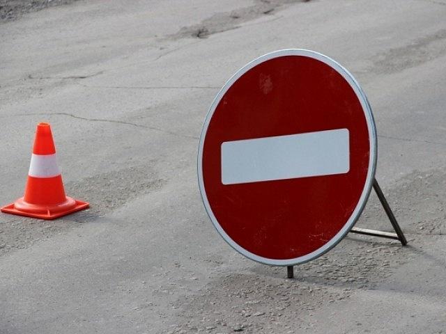 Вцентре Челябинска закрыли движение наодном из главных перекрестков