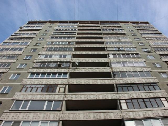 ВМагнитогорске школьник выпал сшестого этажа