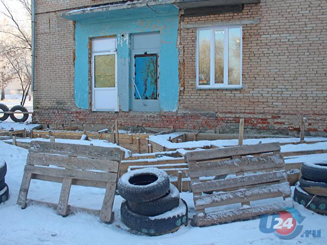 В Троицке «завис» ремонт детской поликлиники