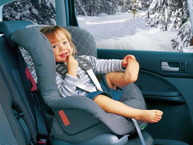 В РФ  ужесточены нормы транспортировки  детей вавтомобилях