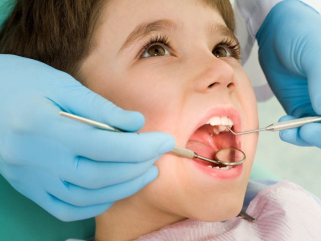 В клинике Кыштыма вырвали ребенку здоровый зуб
