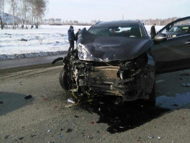 Вмассовом ДТП под Южноуральском погибла женщина-водитель