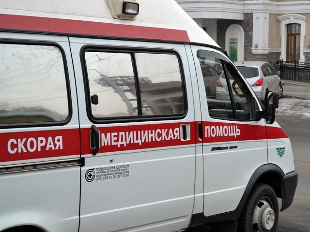 ВЧелябинске 16-летняя девушка выпала изокна шестого этажа