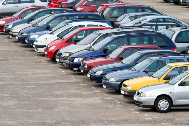 В Российской Федерации хотят ввести запрет накуплю-продажу подержанных авто срук