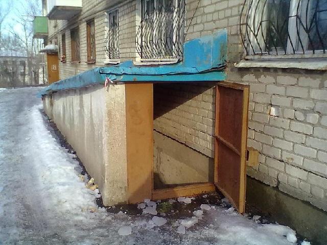 НаЮжном Урале вподвале найден труп сперерезанным горлом
