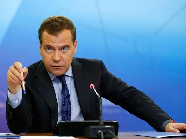 Чуть наименее половины граждан России выступают заотставку Медведева— Опрос