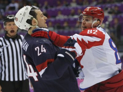 Российские хоккеисты проиграли сборной США по буллитам