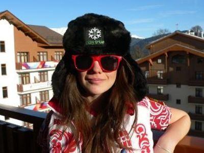 Лиза Чеснокова из Трехгорного выиграла в Сочи ушанку и очки