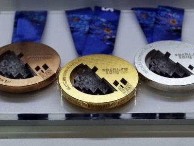Россия вышла на второе место в медальном зачете