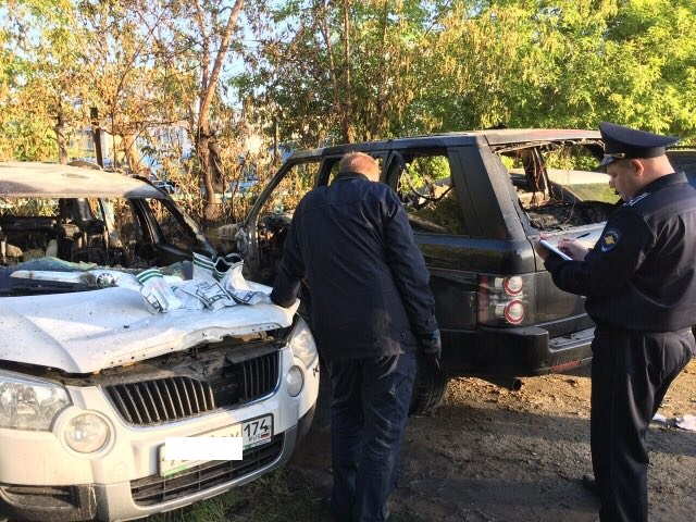 ВЧелябинске назакрытой стоянке полыхали 5 авто