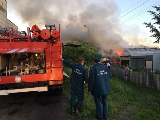 После поминок вМиассе отупавшей свечки сгорел дом