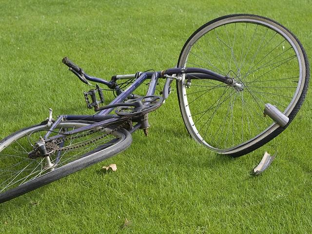 Впользу велосипедиста, пострадавшего вДТП, савтолюбителя взыскано 200 000 руб.