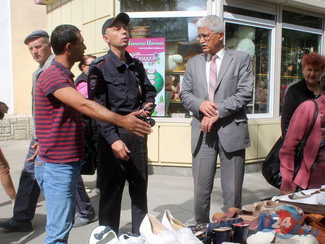 В Миассе проинспектировали нелегальную уличную торговлю