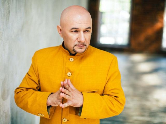 Ученый-мистик Виталий Боград рассказал южноуральцам, откуда берутся «никакушные» мужья