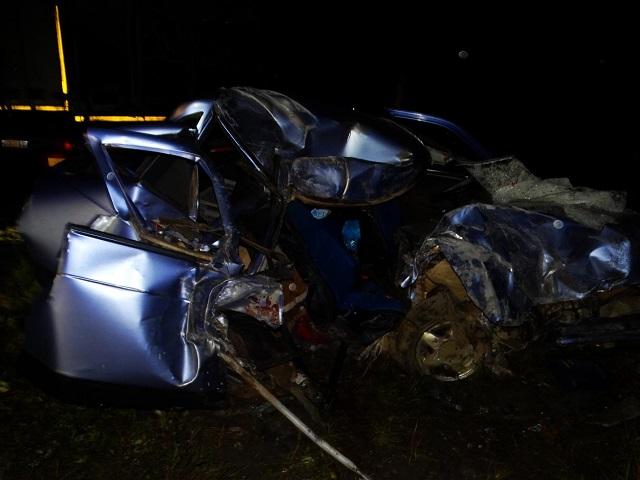 ВЧелябинской области ВАЗ столкнулся с грузовым автомобилем. Погибла женщина