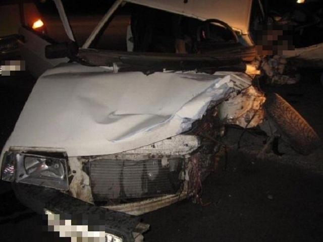 Шофёр «ВАЗа» умер влобовом столкновении вЧелябинской области