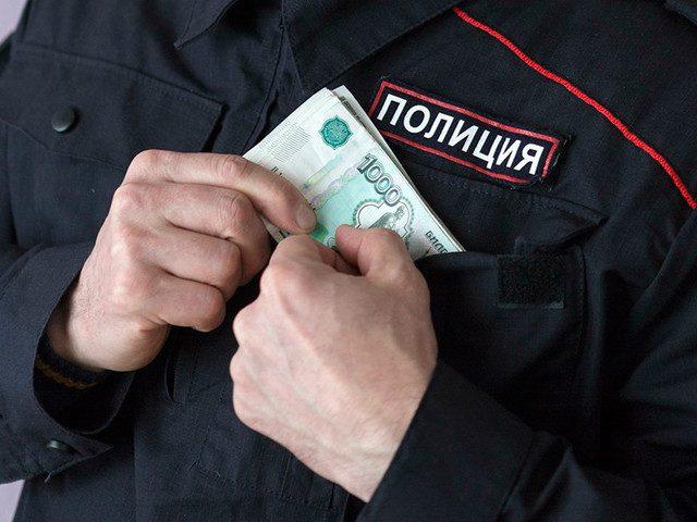 НаУрале прежнего полицейского подозревают вкраже премии подчиненной