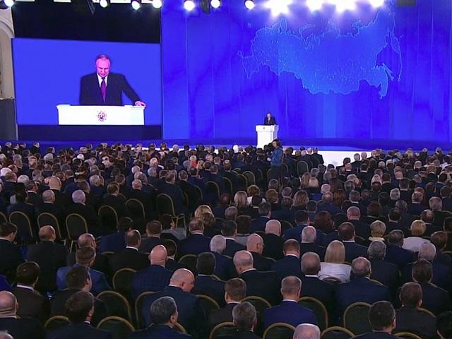 Президент в послании Федсобранию акцентировал внимание на проблеме смога в Челябинске не видящем солнца