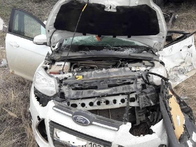 КамАЗ неуступил дорогу «Форд Фокус». Два человека пострадали