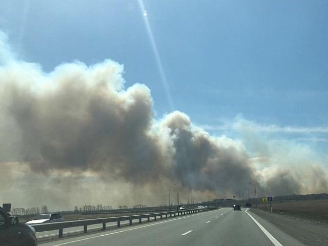 В Челябинской области бушуют пожары: на дорогах ограничено движение