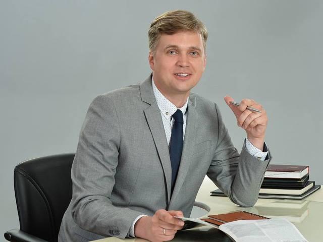 Сколько в 2017 году заработал глава Троицка Александр Виноградов