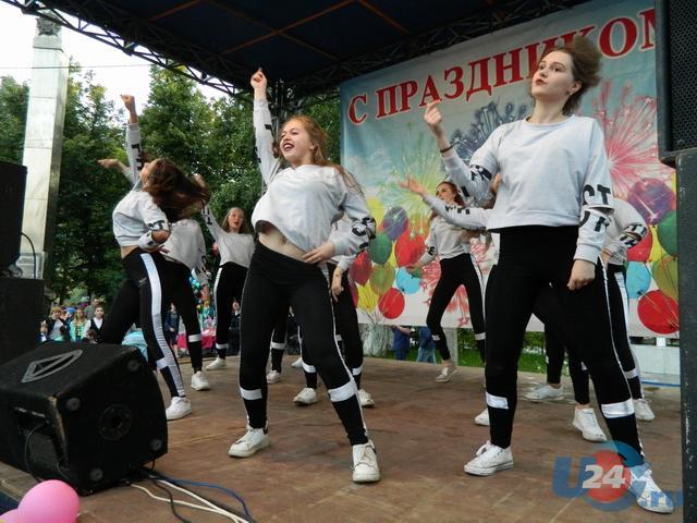 День города и День металлурга в Аше: выставки, конкурсы, выступление «Руки вверх!» и фейерверк