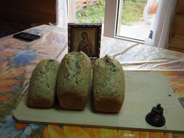 Златоустовцев научили печь хлеб на живой закваске