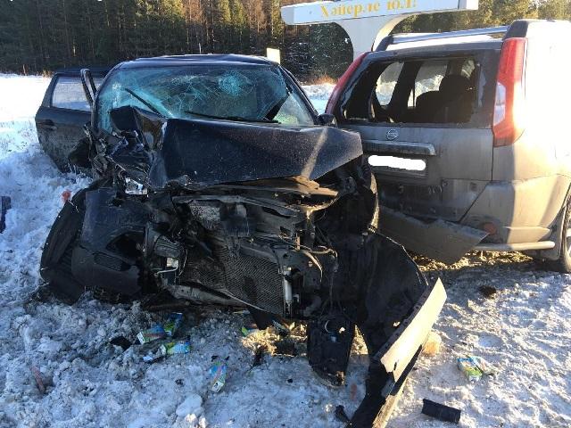 28-летняя девушка пострадала при столкновении двух кроссоверов в Челябинской области