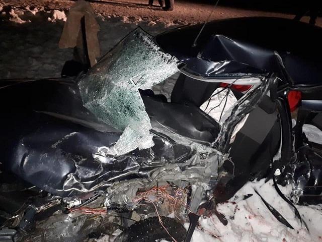 Южноуралец за рулем пикапа устроил ДТП, в котором погибли двое (видео)