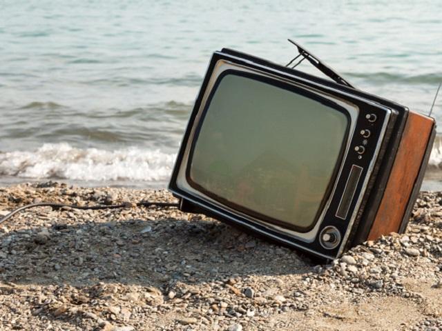 Телевидение улучшат, пособия повысят, товары промаркируют: что изменится в жизни россиян в феврале
