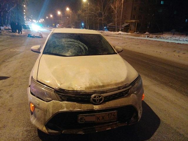 В Челябинске пешеход погиб под колесами иномарки