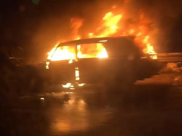 На трассе М-5 «Урал» вспыхнул автомобиль