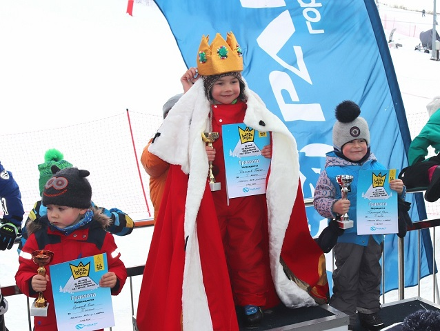 Царь горы: на ГЛЦ «Райдер» успешно прошел детский региональный фестиваль по горным лыжам
