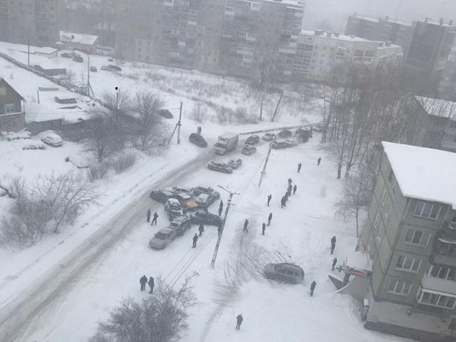 В Челябинской области из-за снегопада произошло массовое ДТП